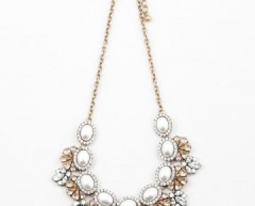 Samantha Statement Pearl Floral Necklace